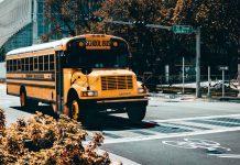 School-Bus-Rentals-4-Benefits-of-Hiring-Them-on-lifehack
